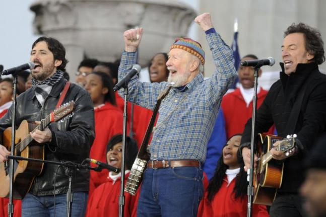 Pete Seegr con the Boss